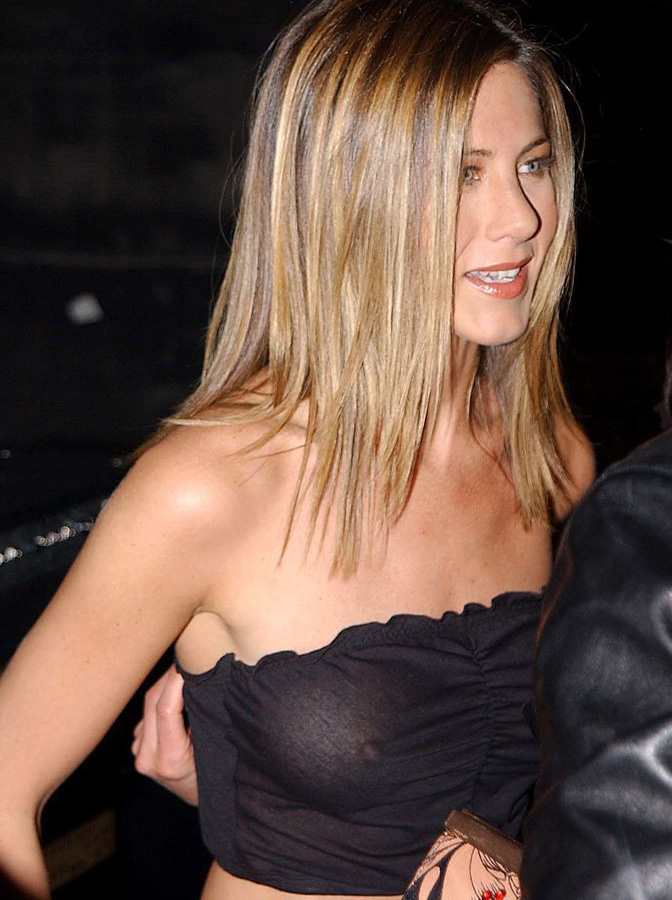 Голая Дженнифер Энистон (Jennifer Aniston)